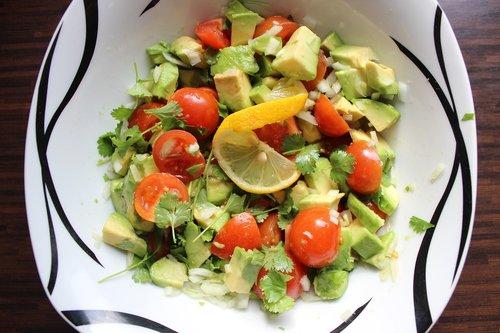 guacamole  raw food  a healthy diet