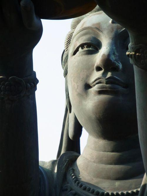 guanyin statue buddhism