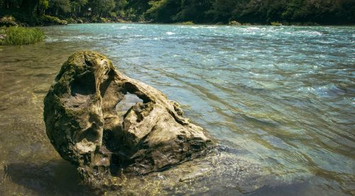 guatemala semucchampey rock
