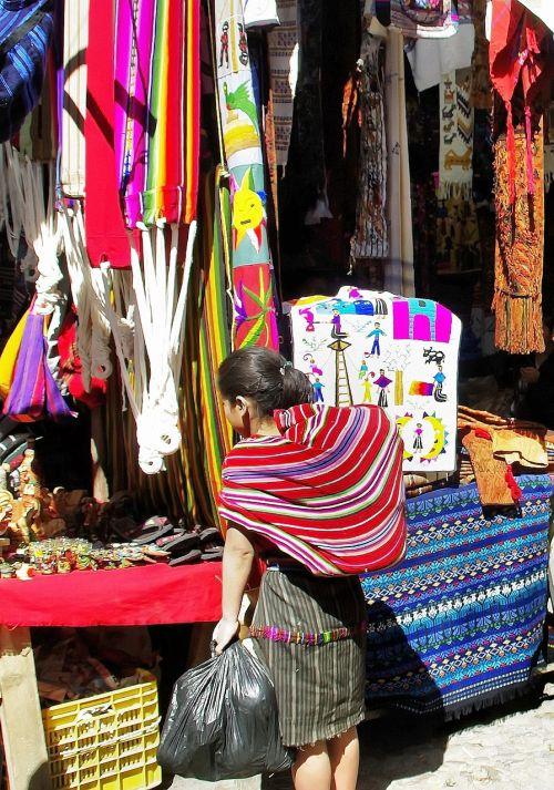 guatemela chichicastenango market
