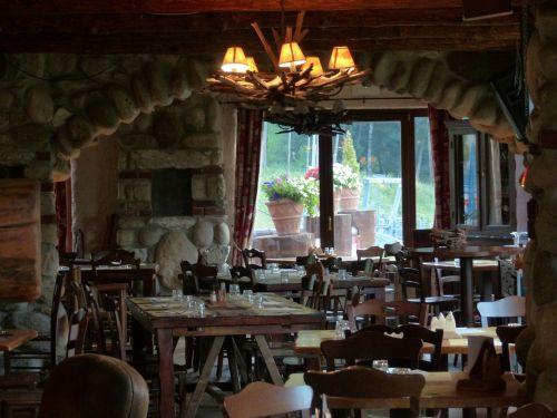 guest room dining room restaurant
