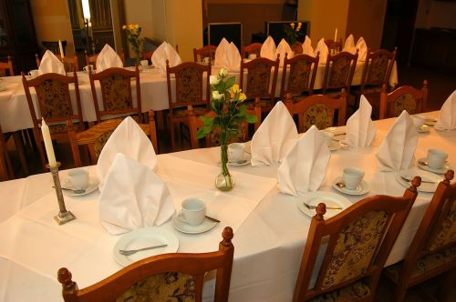 guest room banquet table table settings