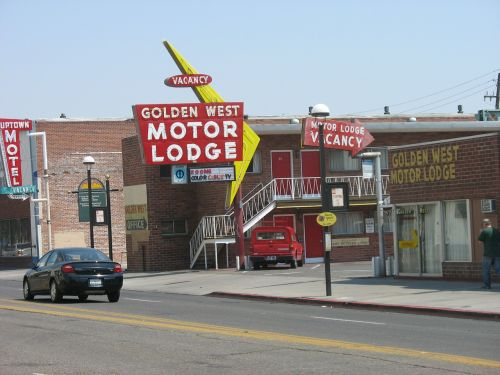 guesthouses motels reno