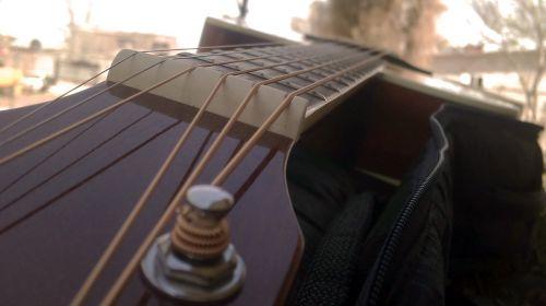 guitar ropes instrument