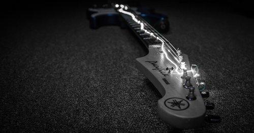 guitar  electric  power