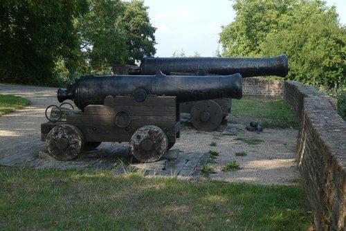 guns  antique  weapon