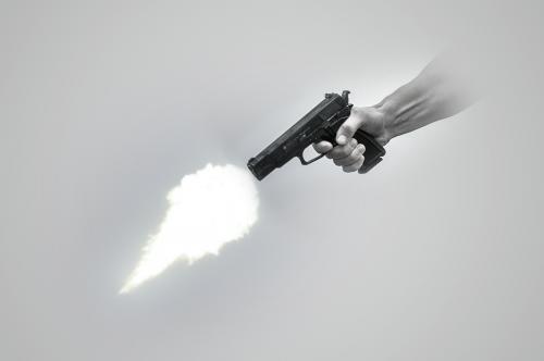 gunshot muzzle pistol