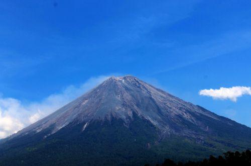 gunung semeru lumajang east java
