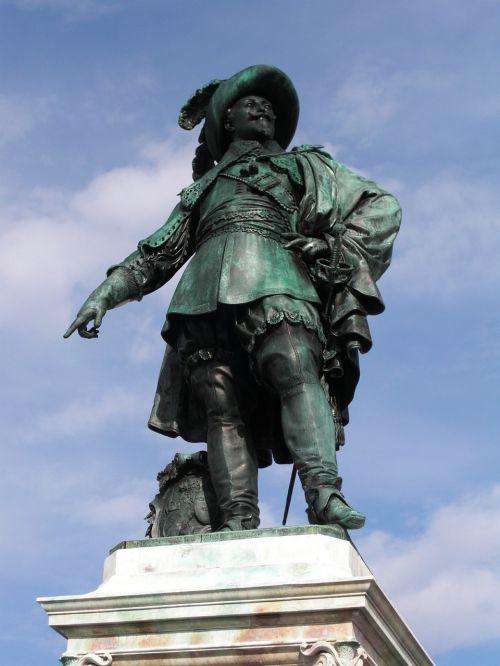 gustav adolf gothenburg monument