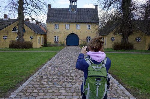 gut photo shoot backpack