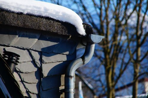 gutter downpipe snow