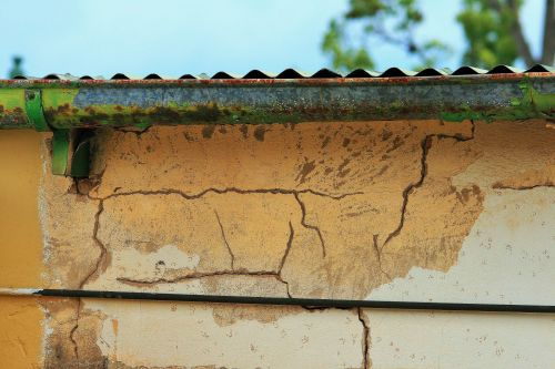 Gutter And Wall