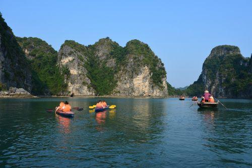 ha long bay vietnam travel