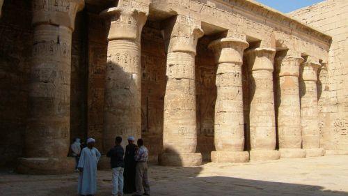 habu temple hall of columns luxor temple