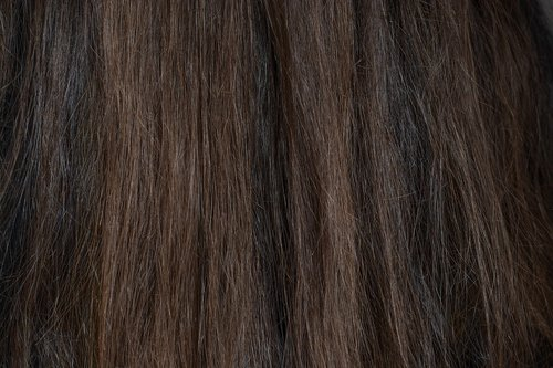 hair  dark  brown