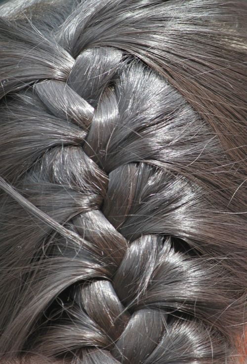 hair plait hairstyle