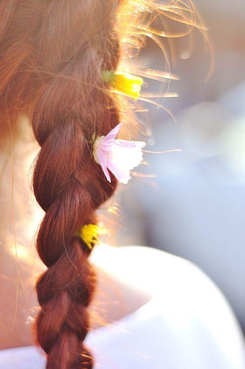 hair braid flowers