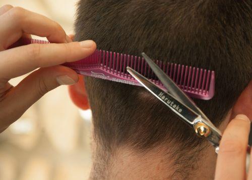 hairdresser hair cut comb