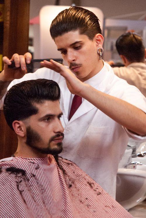 hairdresser model hair