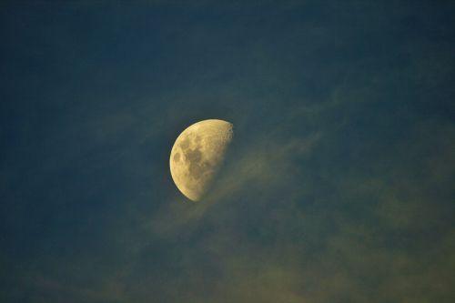Half A Moon With Fleece Cloud
