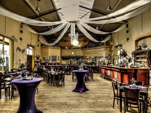 hall restaurant tables