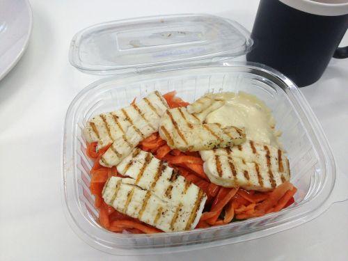 halloumi salad takeaway
