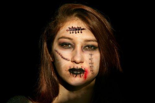 halloween horror girl