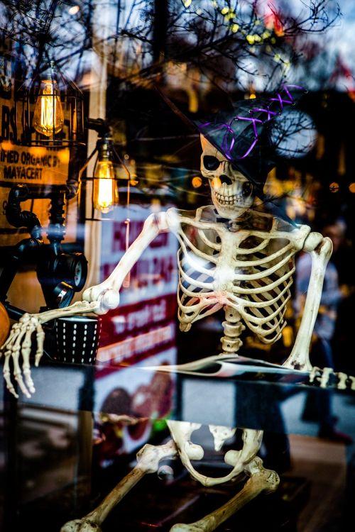 halloween skeleton spooky