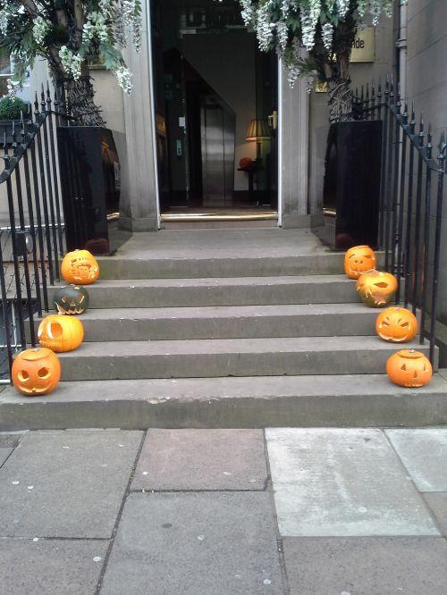 halloween pumpkin entry