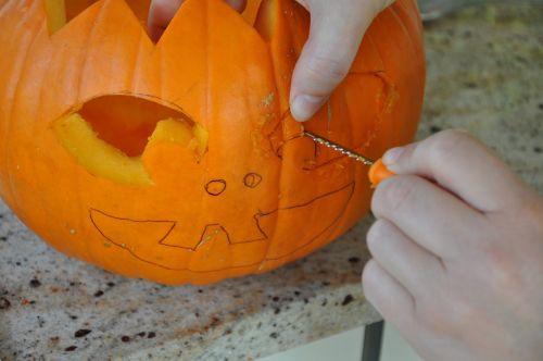 halloween pumpkin hollow out
