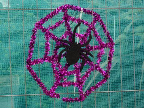 Halloween Spider On Tinsel Web