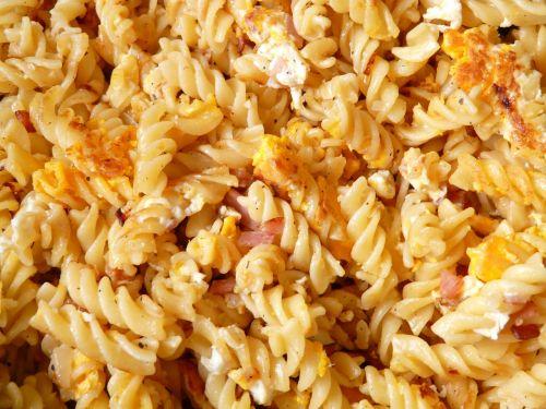 ham pasta noodles court