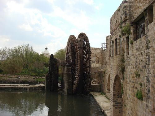hama syria waterwheel