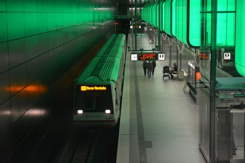 hamburg harbour city subway station