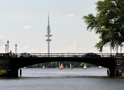 hamburg radio tower alster
