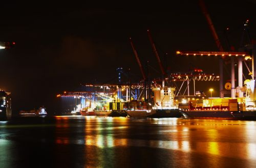 hamburg port night