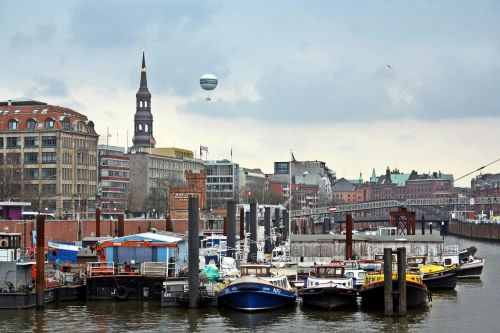 hamburg port barges
