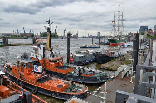 hamburg port elbe