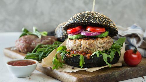 hamburger black bread vegetarian