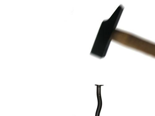 hammer nail beat