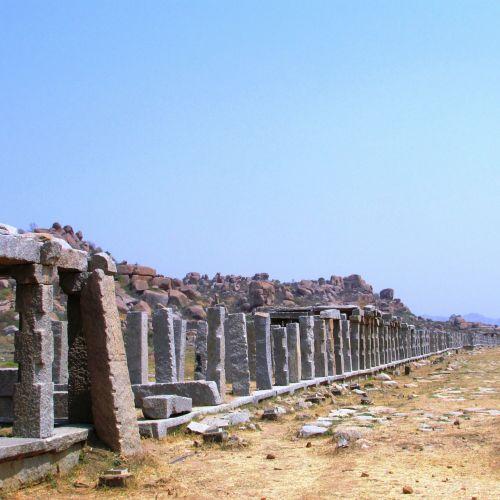 hampi columns india