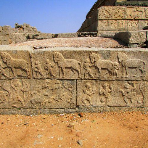hampi sculpture of warriors india