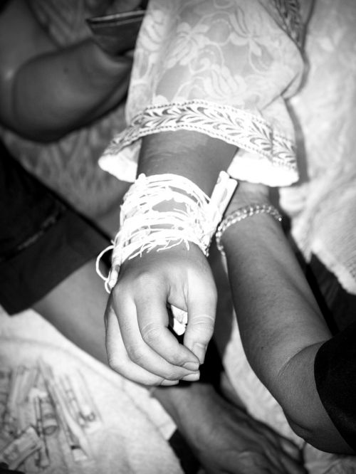 hand hold care