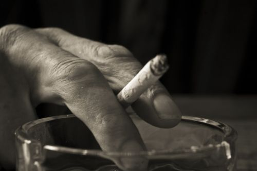 hand smoke cigarette