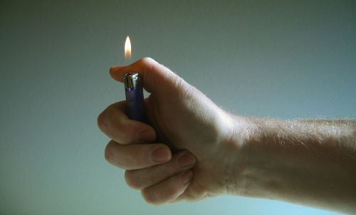 hand lighter fire