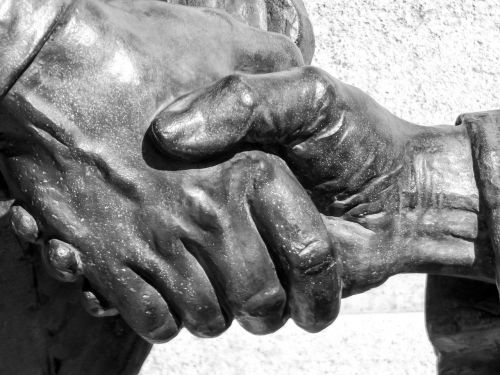 hand statue statue hand