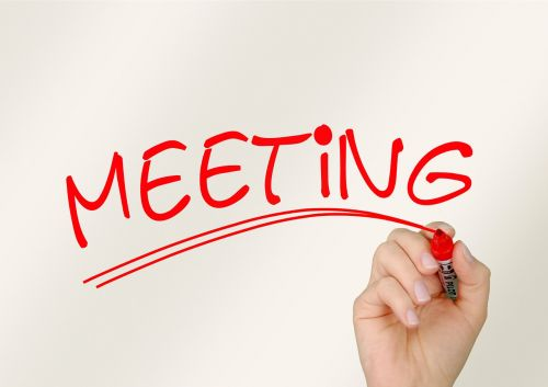 ranka,palikti,susitikimas,biuras,kartu,paskyrimas,laikas,organizacija,kolektyvas,bendros pastangos,Asmeninis,komandinis darbas,smegenų audra,planavimas,bendradarbiavimas,atmintis,komandos pin,pirštas,stiklas,žymeklis,verslas