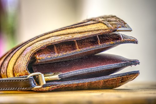 handbag  leather  lady's handbag