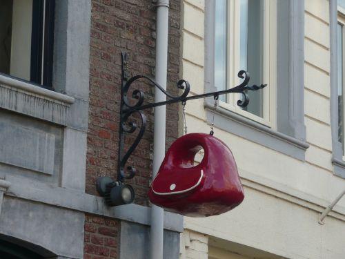 handbag sign accessory