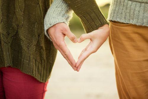 hands heart girls